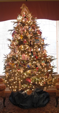 Downstairs Christmas Tree 1