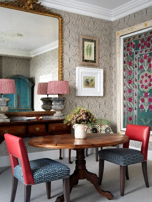 HH-Suffolk-Suite-table